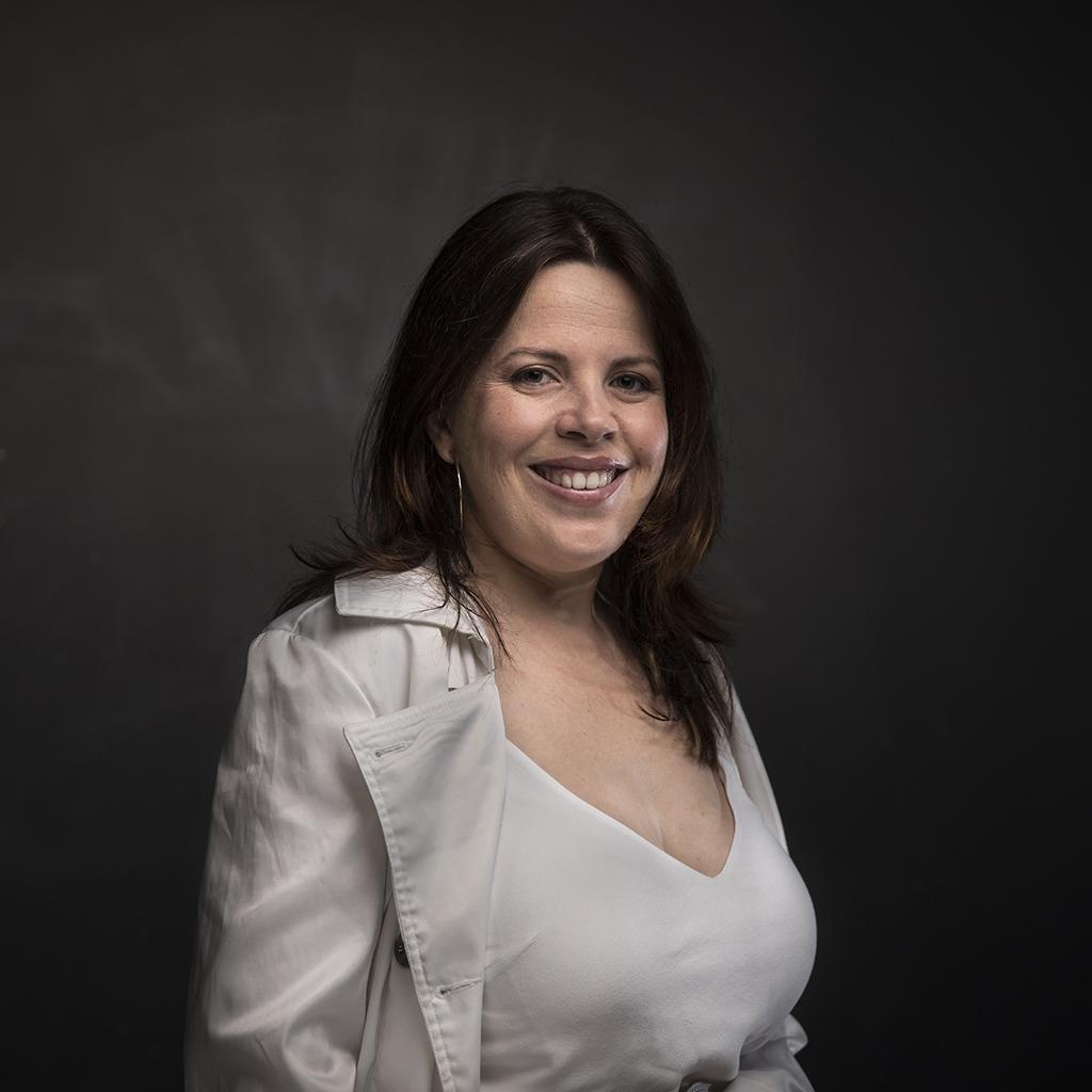 Sara Battery [Coffs Harbour Conservatorium of Music - Music Teacher]