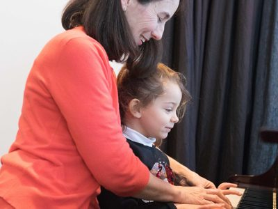 Keyboard piano lessons in Coffs Harbour NSW